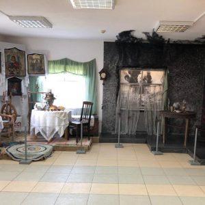 """Выставка """"Материнская слава"""""""